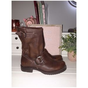 Frye Midcalf Double Buckles leather boot